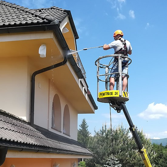 Čistenie a renovácia fasády rodinného domu | pemtrade.sk