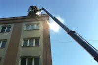 Čistenie fasády bytového domu | pemtrade.sk