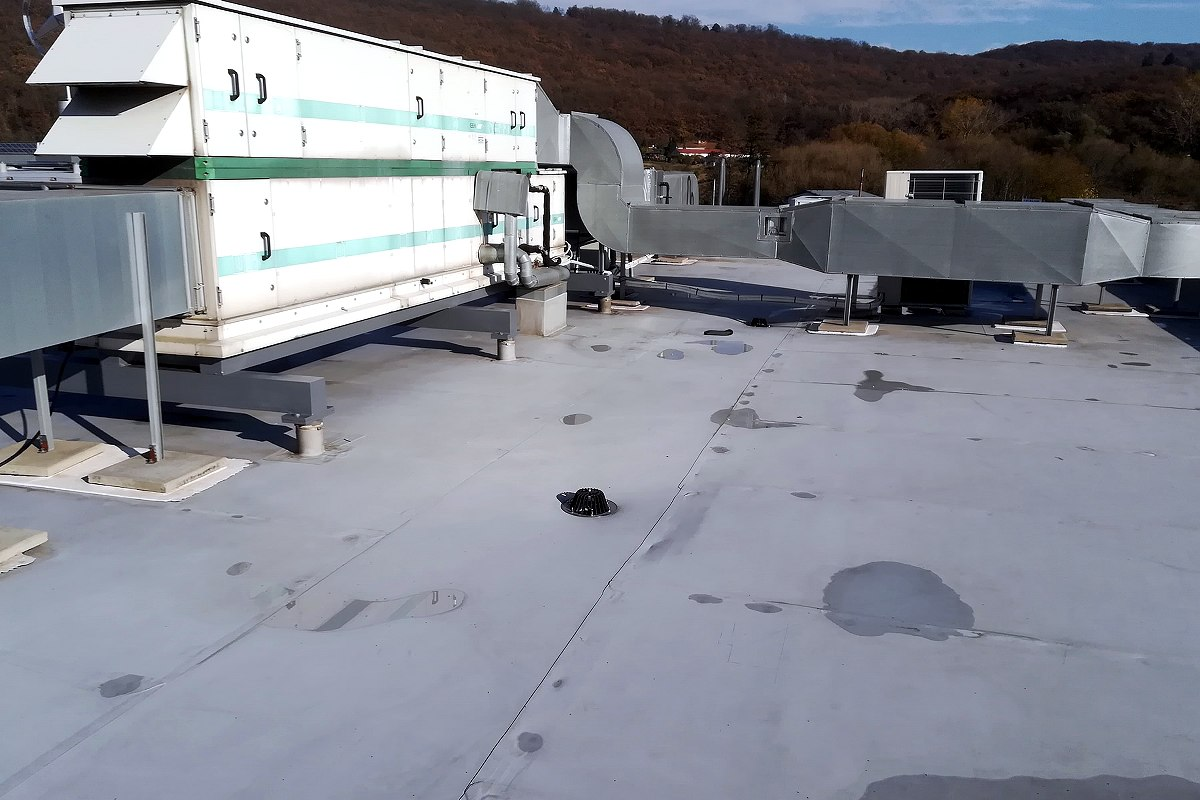 Profesionálna renovácia strechy firemnej budovy, Bratislava | pemtrade.sk