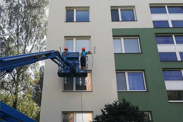 Fasáda bytového domu po vyčistení a nano impregnácii | pemtrade.sk