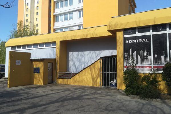 Vyčistená fasáda budovy po renovácii | Pemtrade.sk
